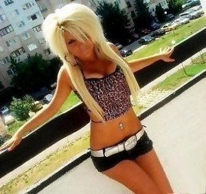Drusilla from Conashaugh Lakes, Pennsylvania is looking for adult webcam chat