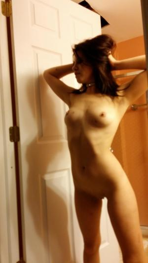 Chanda from Trappercreek, Alaska is looking for adult webcam chat