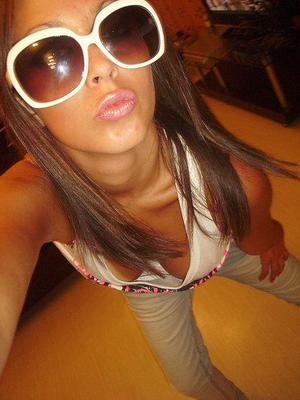 Meet local singles like Angie from Virginia Beach, Virginia who want to fuck tonight